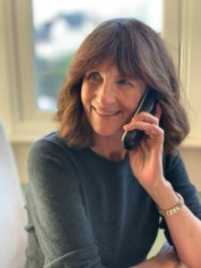 Telephone skills, talking on the phone, cold calling, speaking on the telephone, Voice Synergy speech coaching, speech coaching, telephone conversation, how to speak well, making a telephone call, how to use your voice, phone skills, cold calling, establishing rapport, Voice Synergy accent reduction