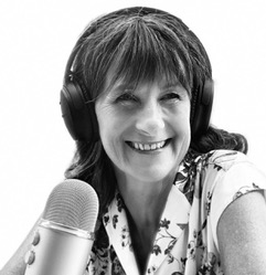 Debbie Chatting, Bath Radio, Somer Valley FM, voice coaching, broadcasting, voice training, accent coaching, presenting, better speaker, voice artist, sound authentic, Voice Synergy, Bath Voice Coach, leadership, excellent spoken communication, authority, professional voice user, voice coach, accent coach, presentation skills, radio broadcasting, voice over